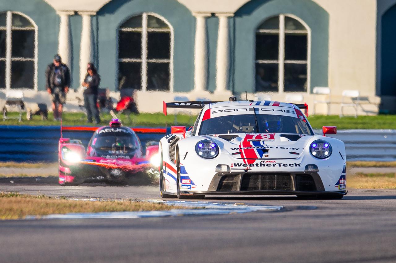 Porsche weaving through a couple turns.