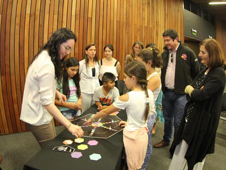 Niños de Macul se beneficiarán con nueva tecnología inclusiva desarrollada por académicos de la UC.