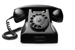 black_vintage_telephone.jpg
