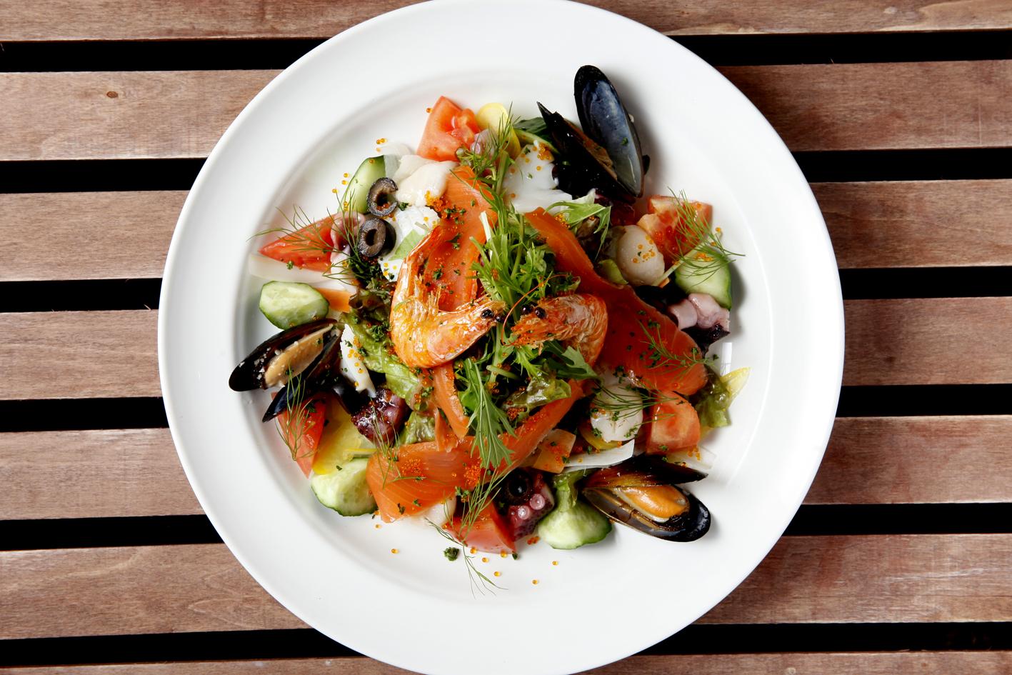 ビーナスカフェ料理画像-サラダ
