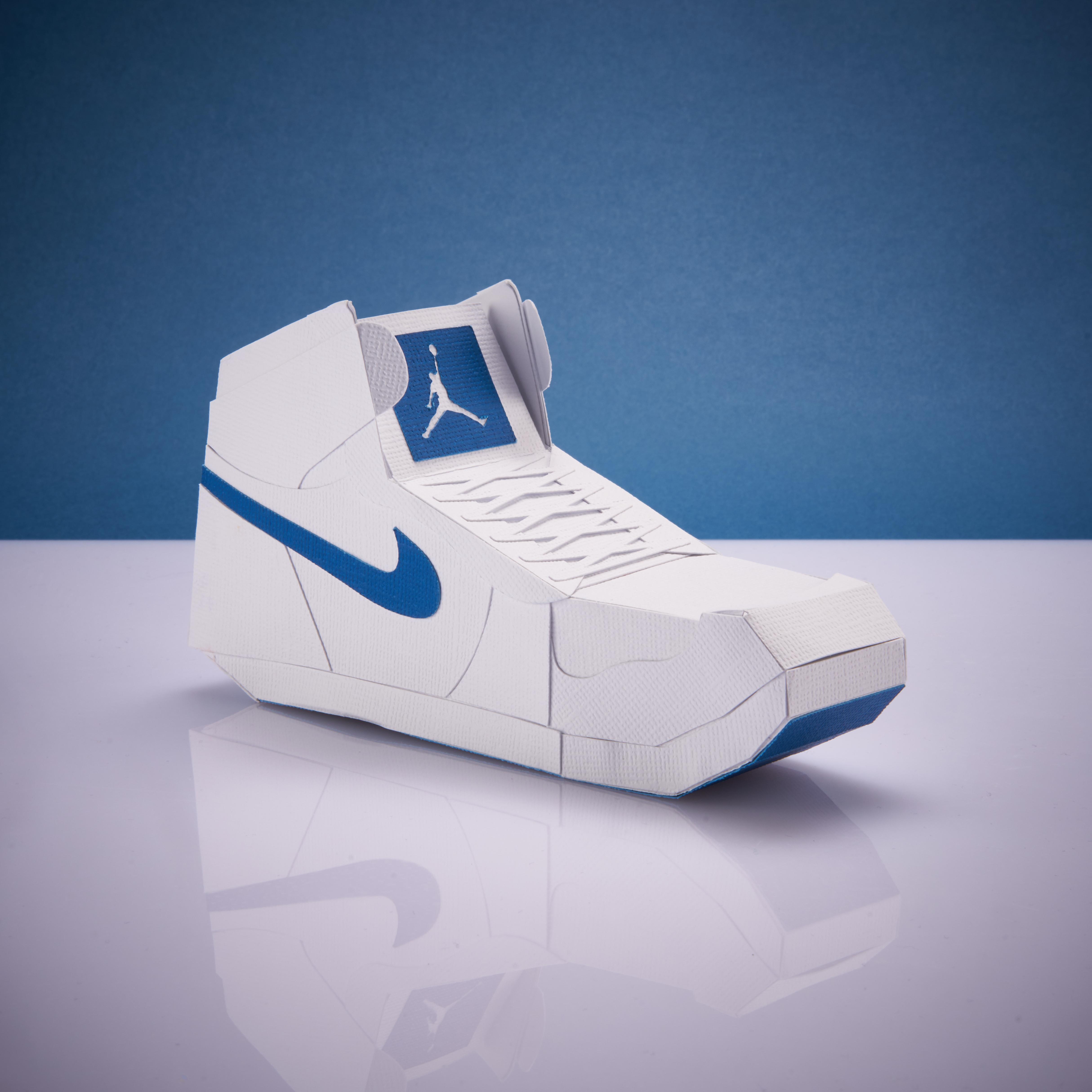 Paper Sneaker AJ1 83