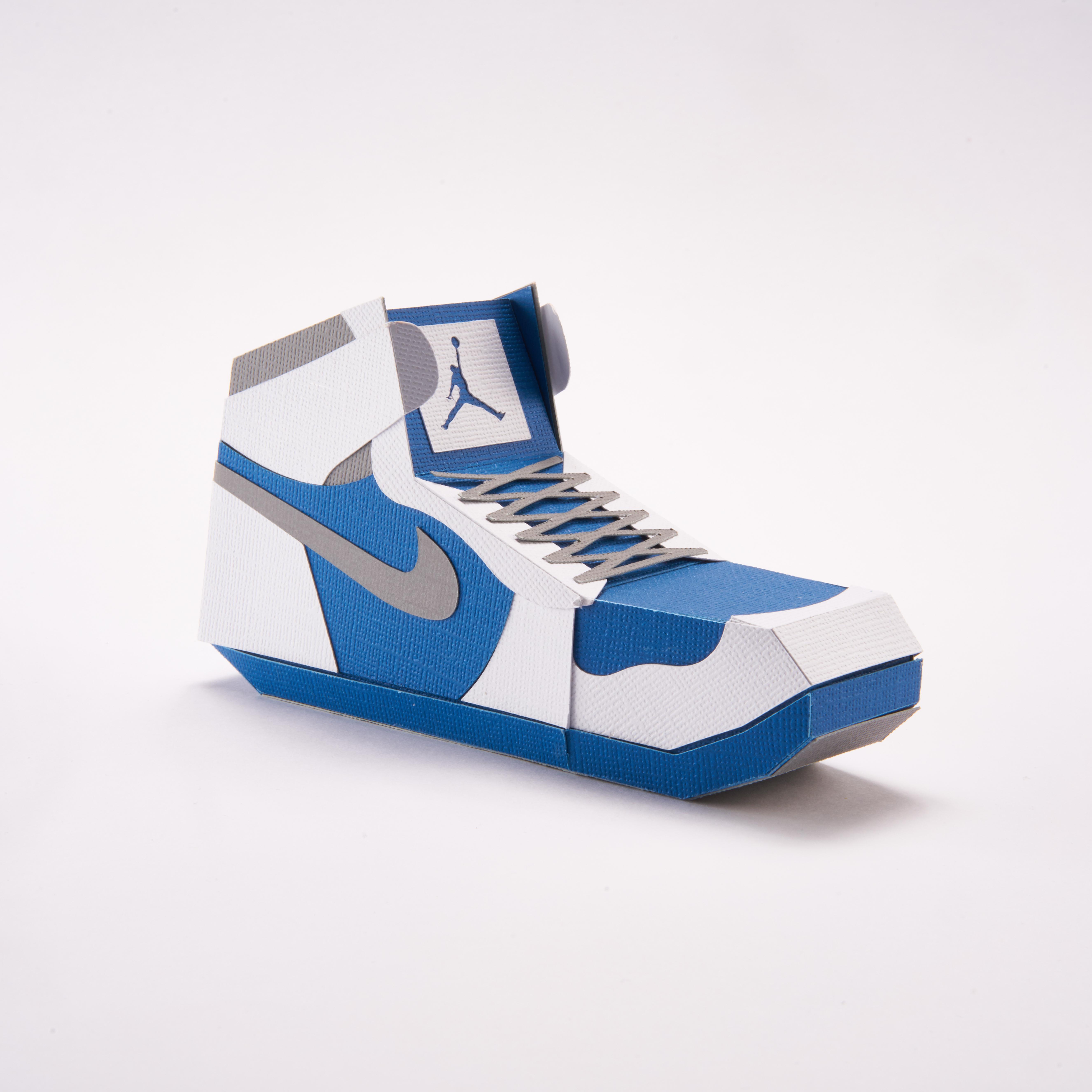 Paper Sneaker AJ1 39