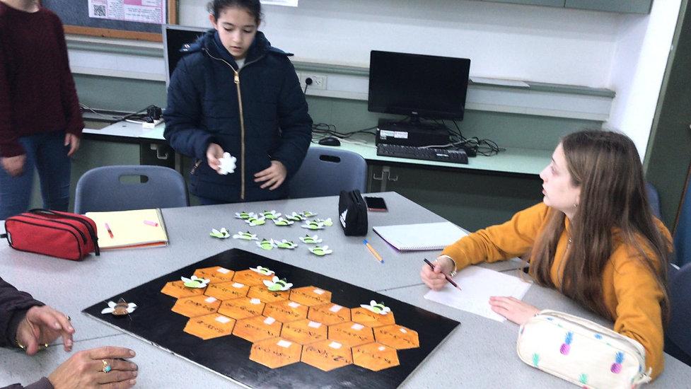 שיעור מתמטיקה משותף-תלמידי כיתה ז' מהצפון