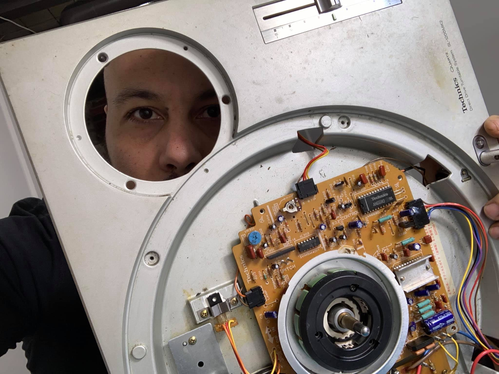 DJ Rockcee Electronic Repairs