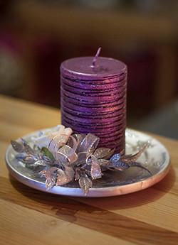Weihnachtskerze violett
