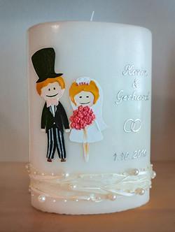 Hochzeitskerze Comic Brautpaar