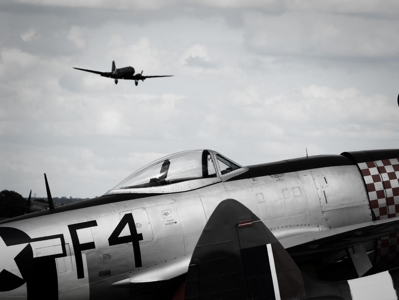 Duxford C-47 landing