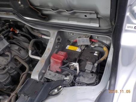 トヨタ ハイエース バッテリー交換  群馬 館林