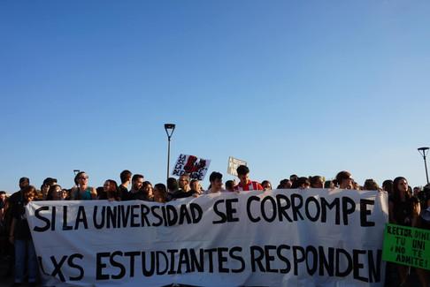 Manifestación estudiantes de la universidad pública, 2018