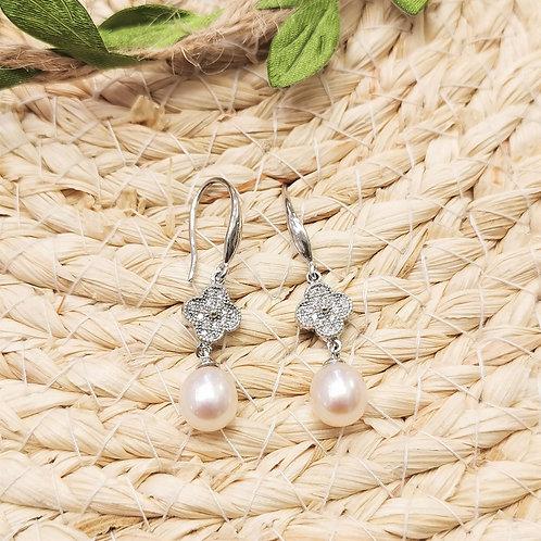boucles d'oreilles perles pendantes