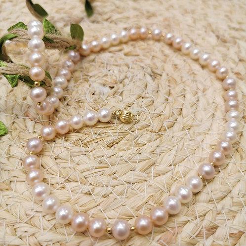 Collier choker perles de culture eau douce saumon et blanc