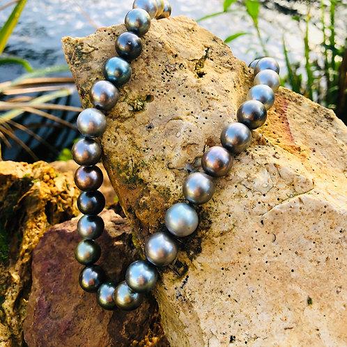 Collier choker perles noires Tahitiennes