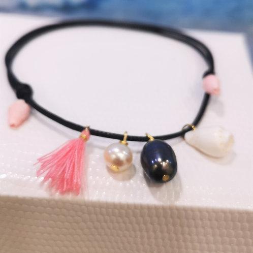 Bracelet cordon noir perles & coquillages