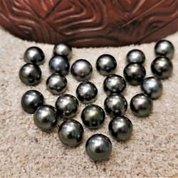 perle de tahiti 8 noire