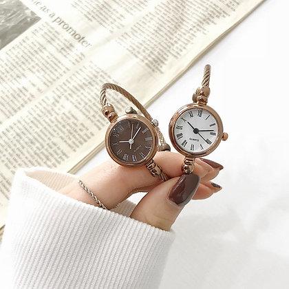 Retro Women Luxury Fashion Watch