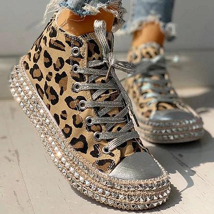 Leopard Print Bordered Rivet Canvas Shoes