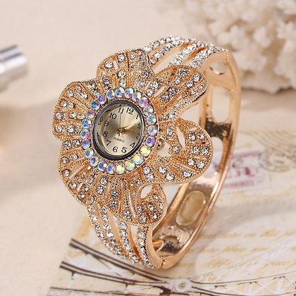New Fashion Flower Shape Jewelry Crystal Ladies Quartz Watch