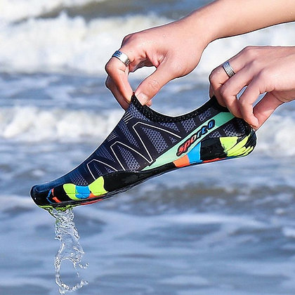 Unisex Swimming Shoes / Water Sports Aqua Surfing Snickers