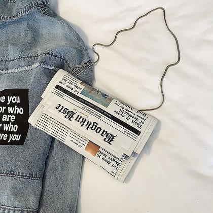 Newspaper Modeling Envelope Shoulder Bag