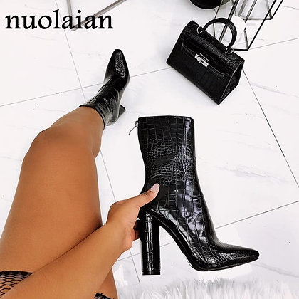 Black Patent Leather Faux Fur Boots / High Heel Aankle Boots