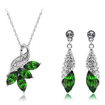 Women Jewelry Sets Austrian Crystal Necklace Earrings Set Pendant Chain Necklace