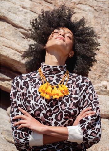 yellow necklace-01.jpg