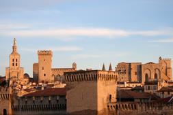 Voiture avec Chauffeur Avignon _ Avignon