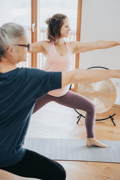 Isabella Demolsky Yoga