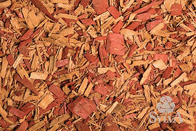 Red and gold mixture of chip fiber mulch