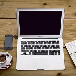 home-office-336378_1280.jpg