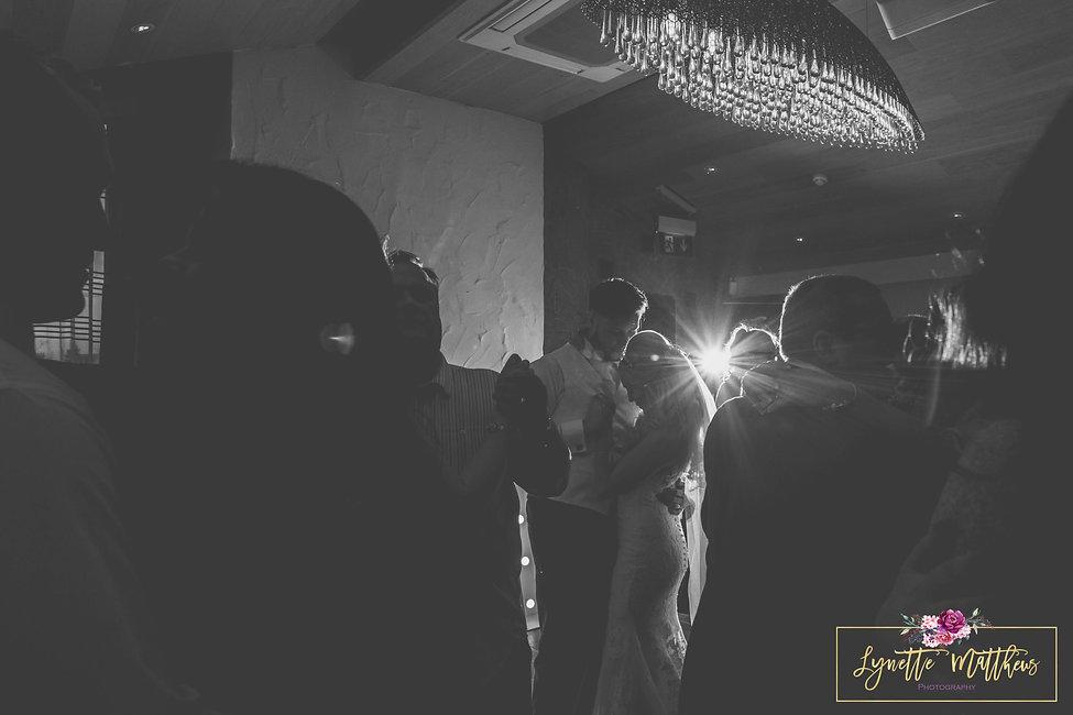 wirral wedding photographer, lynette matthews photography