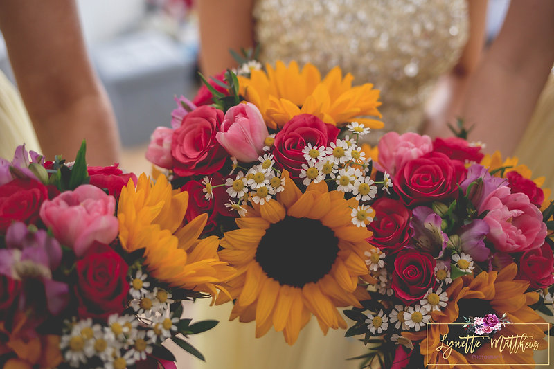 colourful bouquet, lgbt wedding