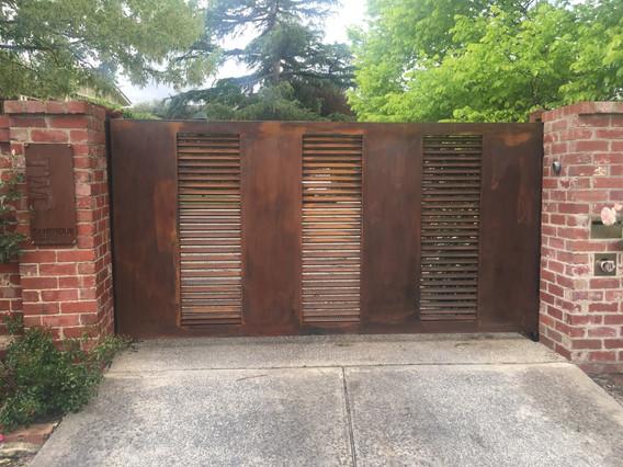 Architectual Gate