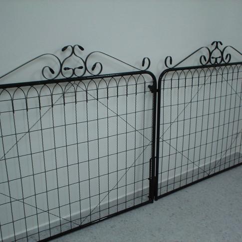 Alexandra Double Gate