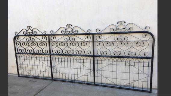 Davenport  Gate