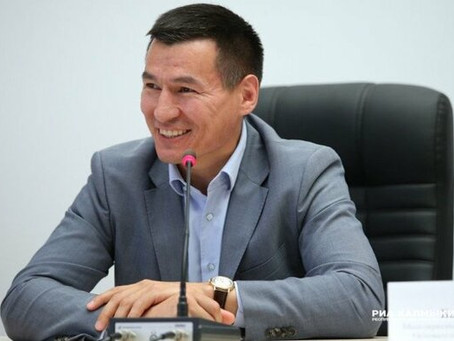 ЭЛИСТА.Калмыкия,Б.Хасиков.Глава надеется на Москву и недра.