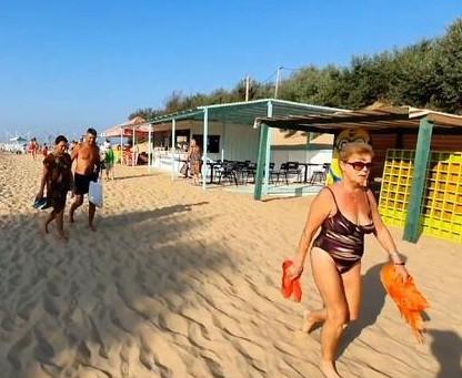 Анапа.Пляжи небезопасны.Кубань ждет 2 млн.в сентябрь.