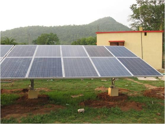 Solar panels in nanogrid Indian village