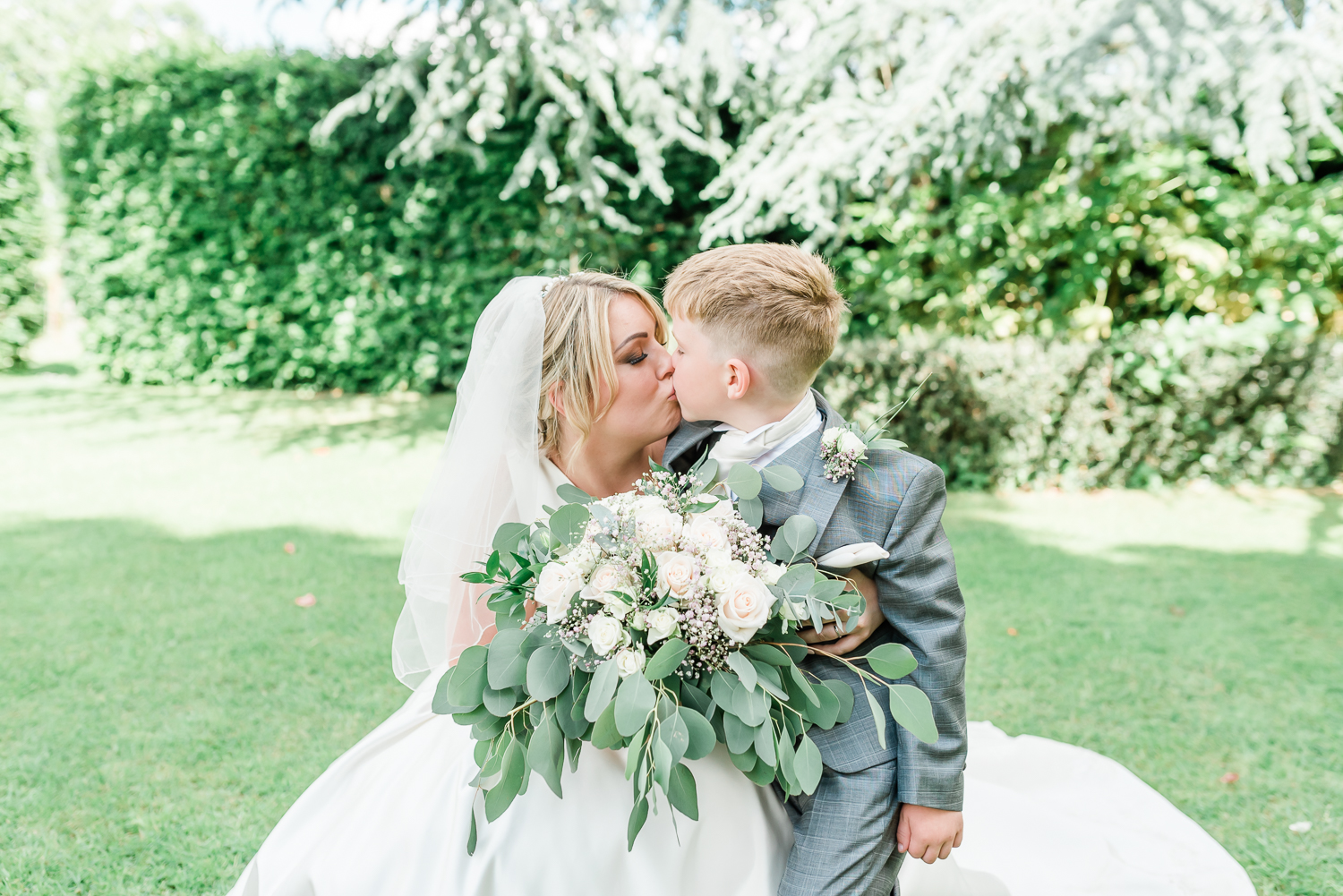 wedding photographer henley on thame