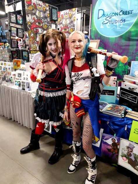 COS Comic Con 2018 - Harley Twins