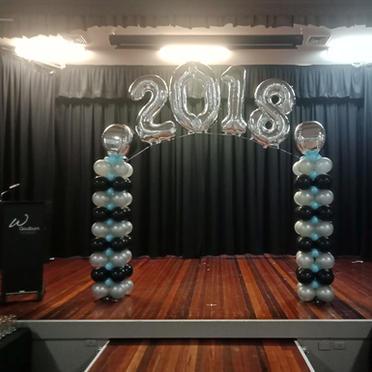 Graduation arch 3