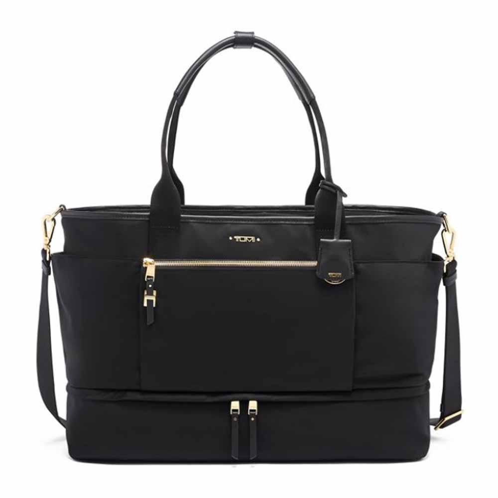 tumi weekender bag in black
