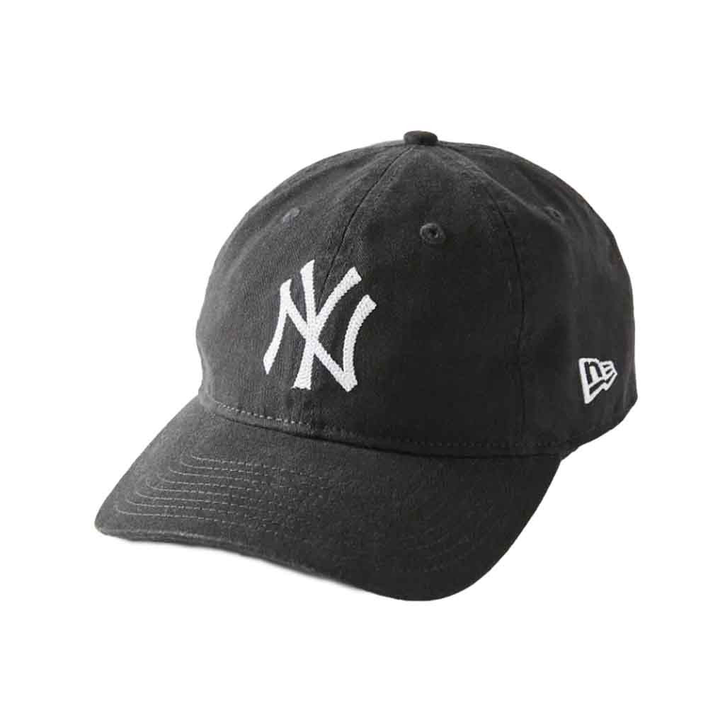 yankees baseball hat in grey from urban outfitters