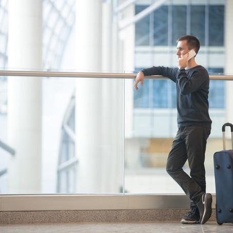 Podróż lotnicza w szczycie sezonu – czego się spodziewać?
