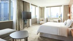 Westin-Warsaw-Presidential-Suite-Bedroom-4