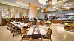 Fusion-Restaurant-Interior-Tables-03