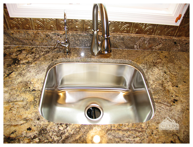 San Luis granite with stainless undermount sink