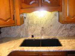 White springs granite & backsplash