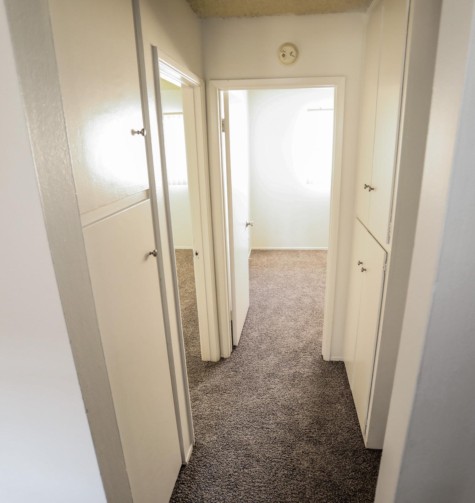 Pala Mesa Apartments: Alta Mesa Apartments
