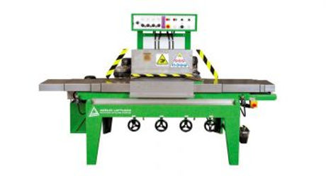 DELTA series includes models of corners grinding machines. They are addressed to those glaziers with